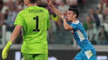 Juventus venció 4-3 a Napoli pero Hirving Lozano debutó con gol en el conjunto Partenopei. El mexicano aprovechó una buena asistencia de Zielinski y provocó la falta del tercer gol de su equipo.