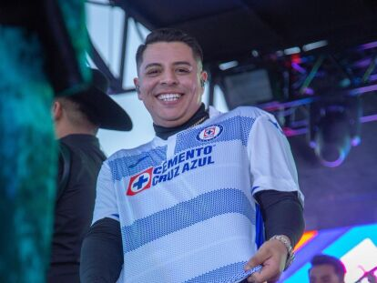 Eduin Caz, de Grupo Firme, dará concierto gratis porque el Cruz Azul fue  campeón | Experiencias | Bandamax