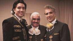 Vicente, Alejandro y Alex Fernández cantan juntos por primera vez en un escenario