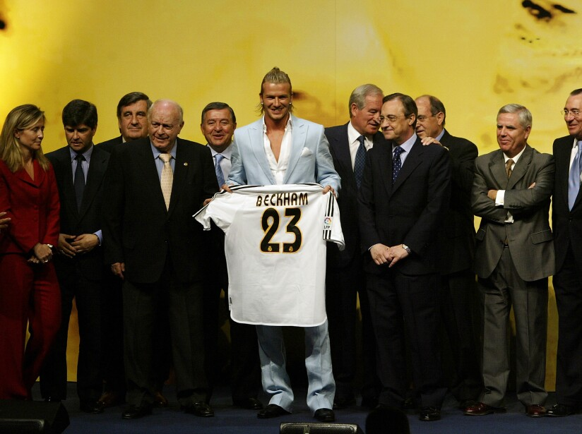 David Beckham signs for Real Madrid