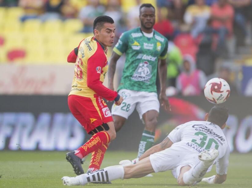Morelia vs León, 2.jpg