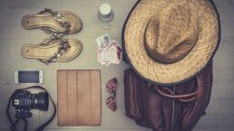 TOP 3: ¿Qué no te puede faltar en la maleta al irte de vacaciones?