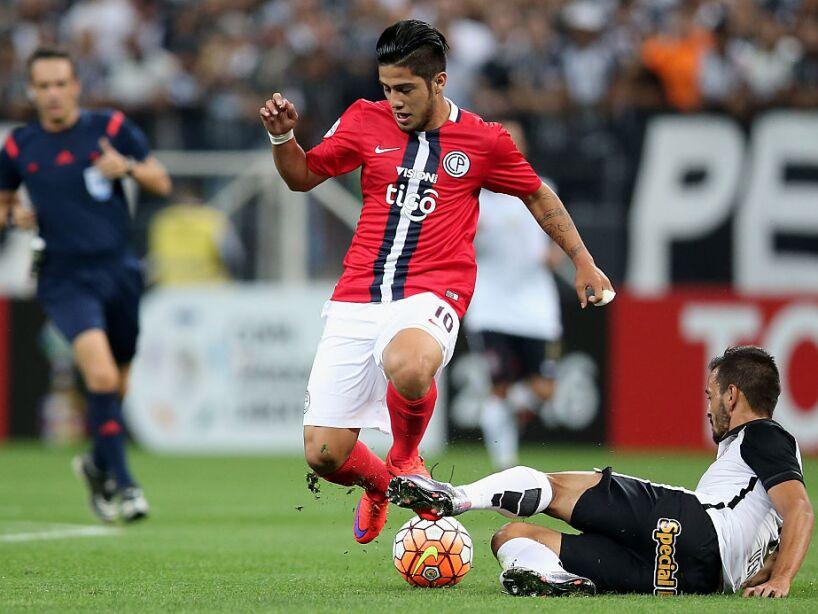 Corinthians v Cerro Porteno - Copa Bridgestone Libertadores 2016