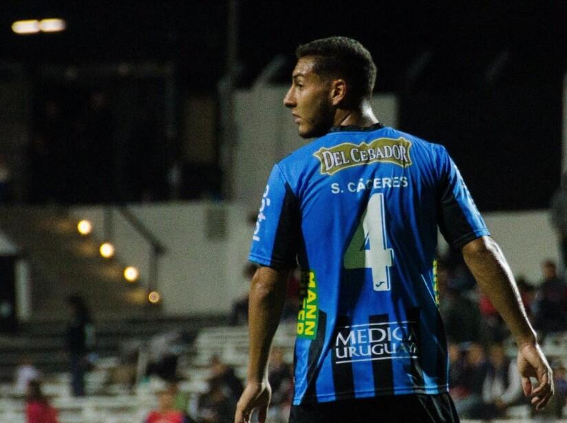 El defensa uruguayo está cerca de llegar al Club América para el siguiente torneo de la Liga MX.
