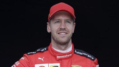 El piloto alemán, Sebastian Vettel, nos ha regalado grandes postales con Ferrari.