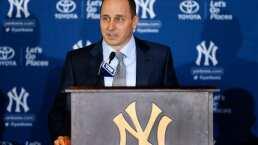 Detienen al gerente de los Yankees tras confundirlo con ladrón de autos