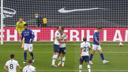 Tottenham logra mantener el 1-0 hasta el final y consigue tres valiosissimos puntos en el cierre de temporada.