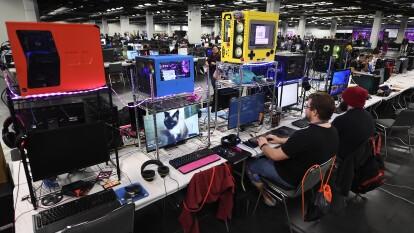 La Secretaría de Gobernación, por medio de la Dirección de Radio, Televisión y Cinematografía, busca reclasificar los videojuegos con base en los estándares mexicanos.