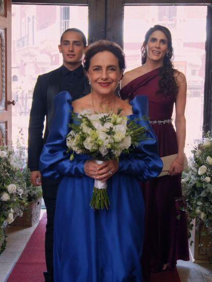 En 'Qué le pasa a mi familia?', la querida 'Luz' unió su vida a la de 'Jesús' en una tierna y divertida boda. ¡La novia lució guapísima!