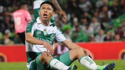 Así luce el 'Infieles FC' del futbol mexicano | Te presentamos el recuento de los futbolistas que más playeras vistieron en el balompié nacional.