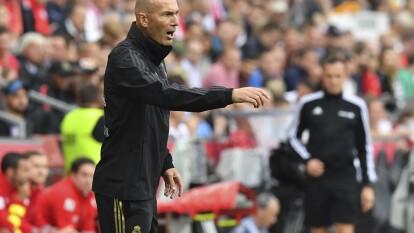 Real Madrid venció 1-0 al Salzburg en amistoso y Zinedine Zidane alineó un sistema inédito en el conjunto blanco: el 3-5-2.