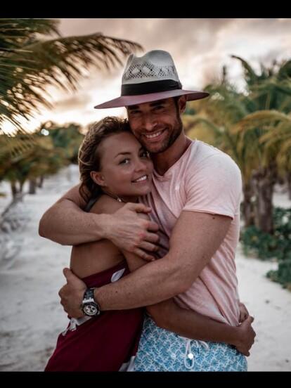 Tras varios años de relación, Angelique Boyer y Sebastián Rulli no paran de dedicarse emotivos mensajes a través de Instagram. Conoce las palabras de amor que se han dicho.
