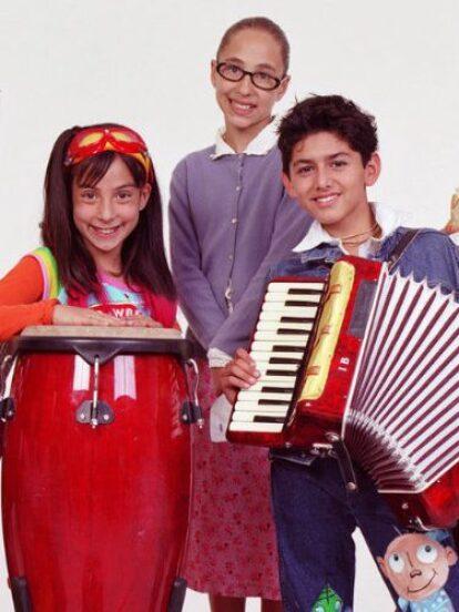 La telenovela infantil 'Alegrijes y Rebujos' fue estrenada en 2004 bajo la producción de Rosy Ocampo. La historia se centraba en un grupo de amigos que se uniría para descubrir los misterios de una casa embrujada.