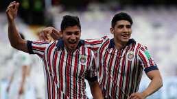 Zaldívar y Pulido recuerdan a Chivas en 'sábado de pelis'