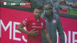 ¡Gol doloroso! Alexis Canelo marca el 3-1, pero se lleva un golpe