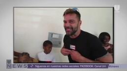 Ricky Martin entrega casas a damnificados de huracán María