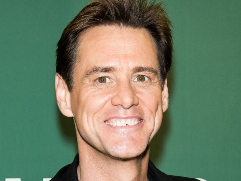 1. Jim Carrey: Cuando era pequeño estuvo viviendo en una casa rodante y en una carpa.