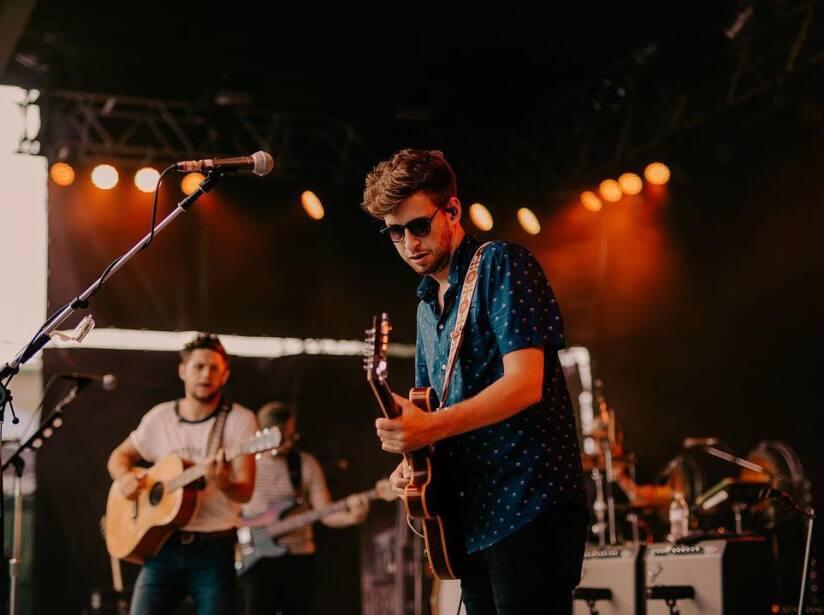 Niall Horan y su guitarra