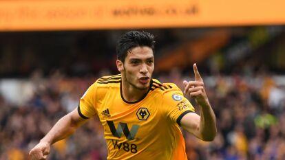 Raúl Jiménez del Wolverhampton sigue con el mismo valor que a inicios del mes de marzo, 50 millones de euros.