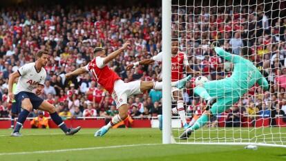 Partido muy parejo entre el Tottenham y Arsenal.
