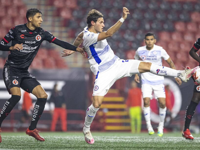 Xolos vs Cruz Azul5.jpg