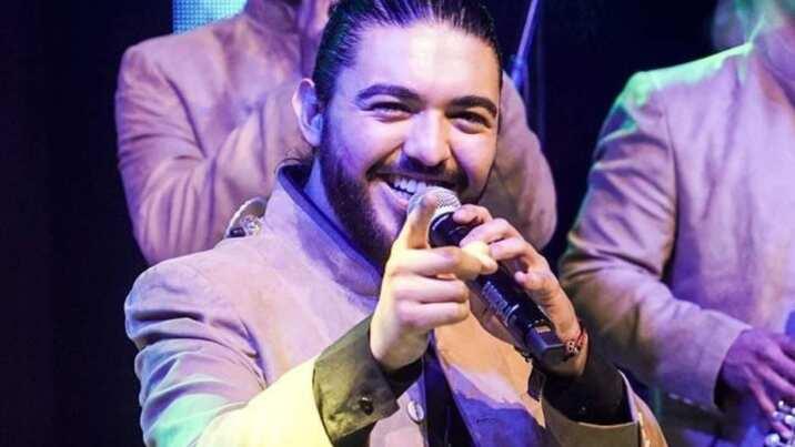 Las cinco esenciales de Alann Mora con La Trakalosa de Monterrey