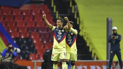 América se lleva el Clásico Nacional del Guard1anes 2020    Las Chivas cayeron por la mínima en el Azteca en el duelo más atractivo de la Jornada 11.