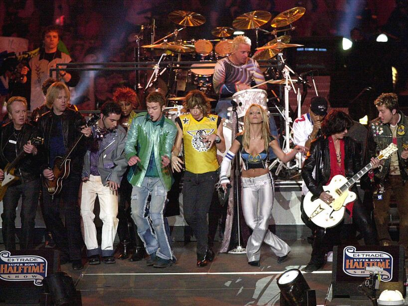 Musical Performers at Super Bowl XXXV