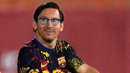 Messi rompe las redes sociales con su nuevo look, apareció sin barba y la gente enloqueció creando memes.