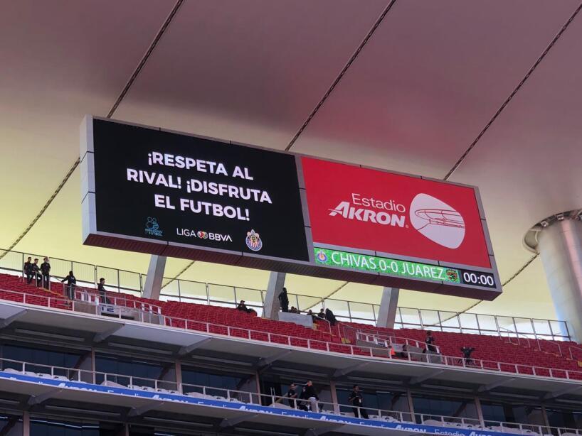 Color Chivas vs Juárez 4.jpeg