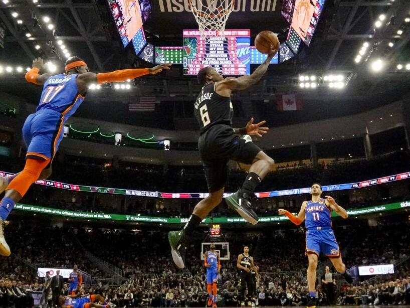 Thunder Bucks Basketball