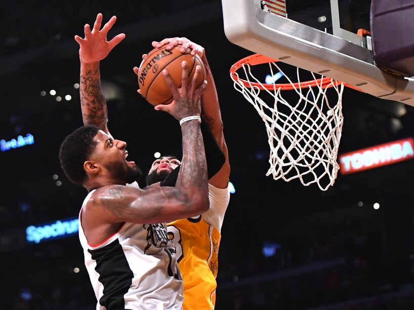 Los Angeles Lakers 106-111 Los Angeles Clippers