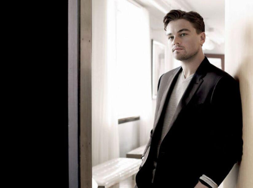 En 2005, DiCaprio fue herido por la modelo Aretha Wilson en el rostro con una botella rota en una fiesta en Hollywood.