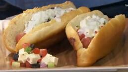 Receta: Hot dog al estilo griego ¡Delicioso!