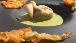 Costalitos de huitlacoche en crema de chile poblano