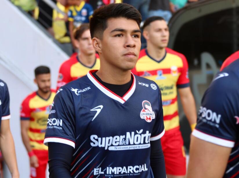 Con goles de Luis Mendoza y José Joaquín Martínez, Morelia vence 2-0 a Cimarrones de Sonora. Cimarrones sólo ha podido vencer a Monarcas una ocasión.