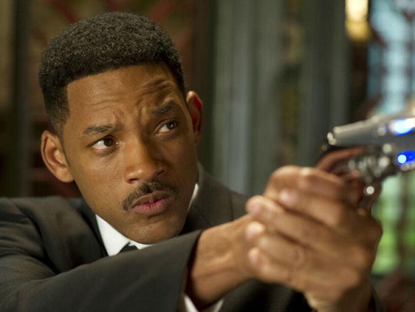 Will Smith, nacido el 25 de septiembre de 1968, Wnynnefield, además de rapero lucha con aliens en Independence Day y Men in Black.