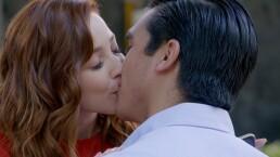 C1279: ¿Y ese beso?