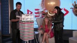 Paulina Rubio y Yolanda Andrade conocen su suerte gracias al pajarito