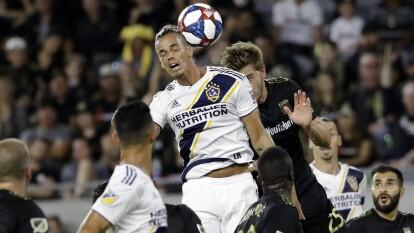 Los Angeles continúan sin derrotar a LA Galaxy pero disputaron un partido vibrante donde se dividieron puntos.
