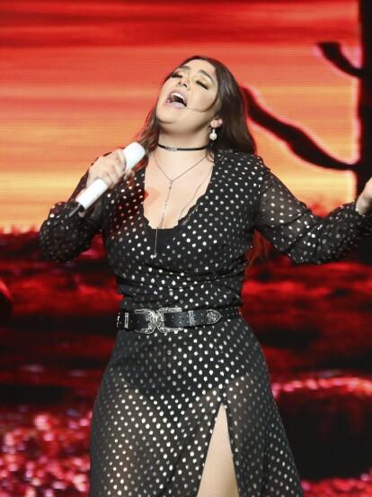 La cantante Yuridia triunfó en el teatro Wiltern de Los Ángeles.