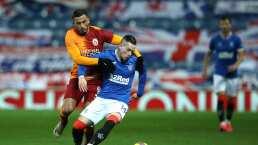Jugador del Galatasaray, en riesgo de perder la vista por pirotecnia