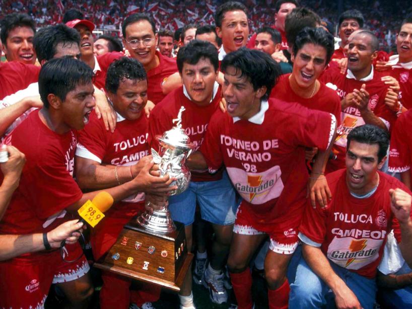 Toluca campeón 1998.png