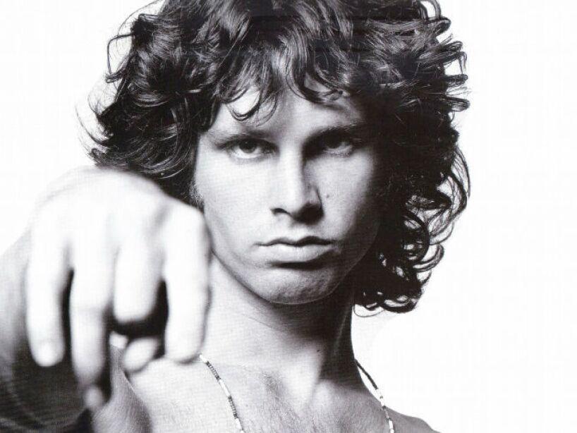 12. Jim Morrison: El vocalista de The Doors fue hallado muerto en la bañera de su departamento en París a los 27 años.