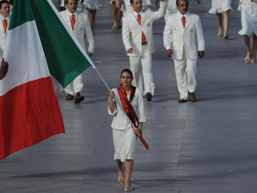 Paola Espinoza Sanchez Mexico's flag bea