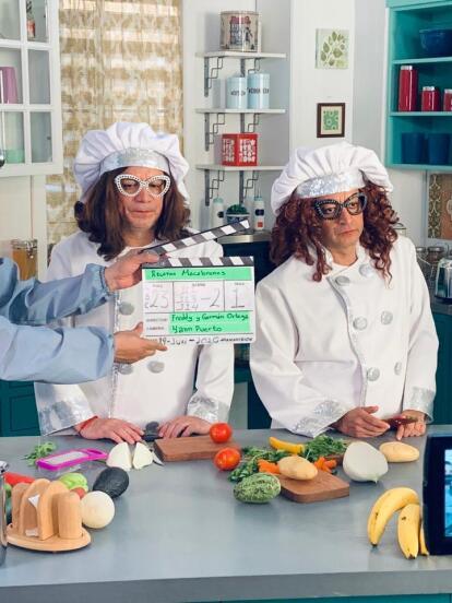 Con 'Relatos Macabrones', los entrañables personajes de los Mascabrothers: 'La Jitomata' y 'La Perejila' volvieron a la televisión en algunos segmentos.
