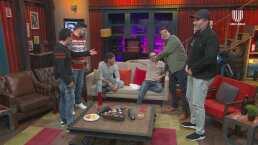Mauricio Mancera enseña la retaguardia y le llueven críticas de sus compañeros, '¡qué feos calzones usas!'