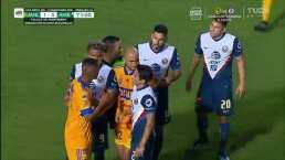Descuento de Tigres, el tercer gol del América y expulsiones