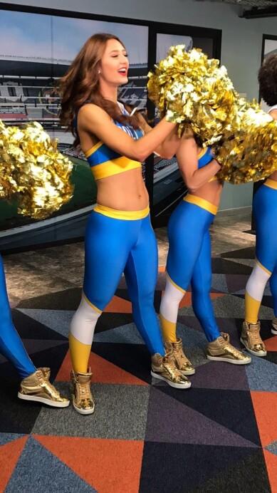 Chargers Cheerleaders 11.jpeg