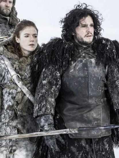 Los actores se comprometieron en 2017 tras trabajar en esta serie (FOTO: HBO)